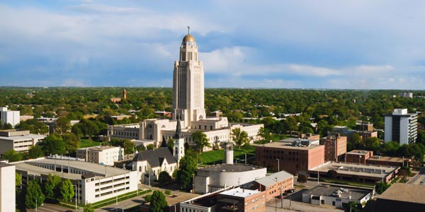 Photo of the Nebraska state capitol.